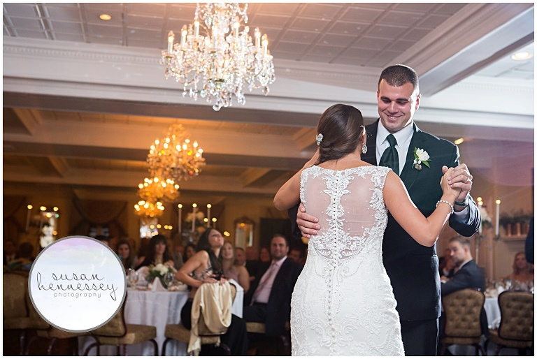 I Loved Photographing Erica And Clint S Washington Crossing Inn Wedding Am So Hy To Share These Fun Reception Photos 3