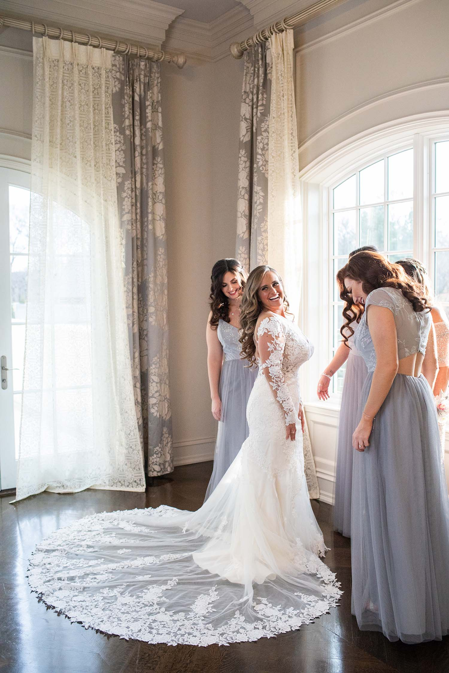 Bride gets ready for her Park Chateau Wedding