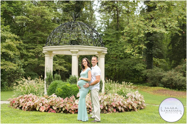 Heather & Matt's Sayen Gardens maternity session