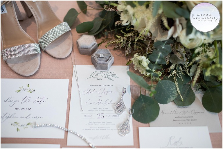 Bridal details for romantic and rustic Renault Winery wedding